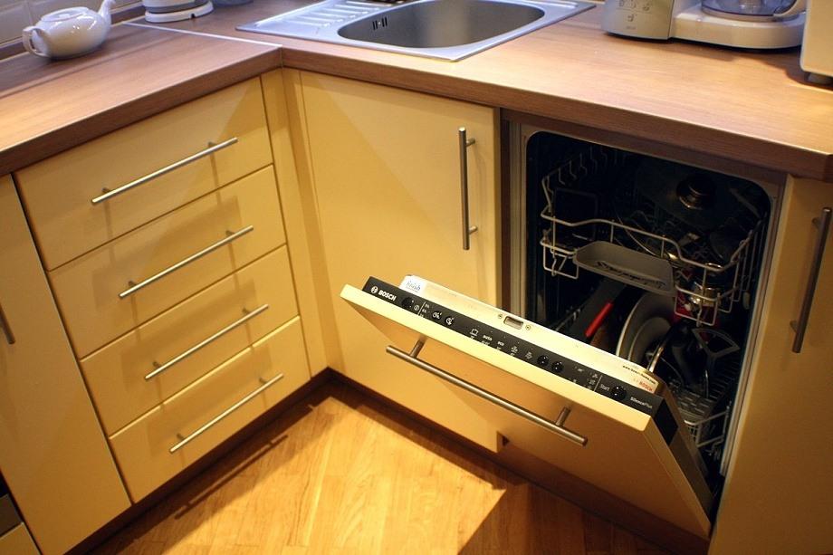Как поставить посудомоечную машину в готовую кухню